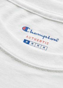 tee_shirt_krom_kendama_champion_white_focus_1