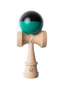kendama_sweets_sumo_black_teal_half_split_face_provisoire