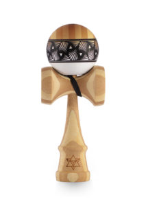 kendama_israel_big_brother_phase_2_bamboo_white_faded_tetrah_face