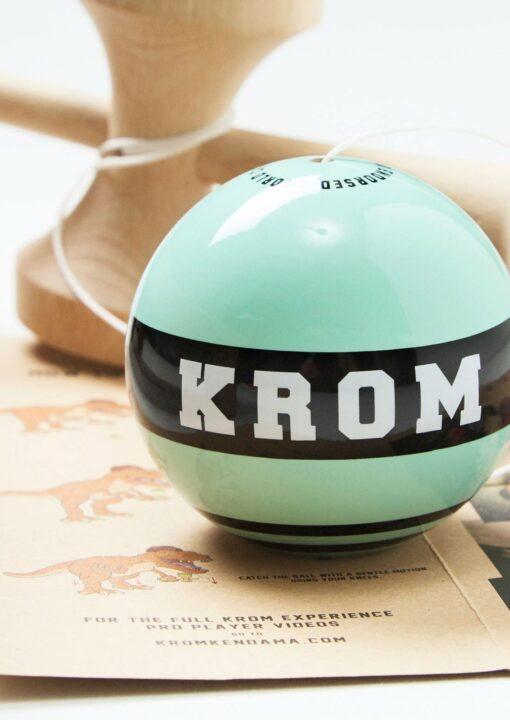 kendama_krom_strogo_tokyo_cab_tama