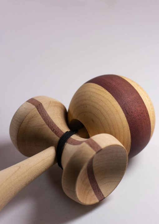 kendama_israel_big_brother_purple_heart_maple_sarado
