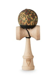 kendama_krom_party_pelle_beech_face_2