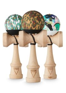 kendama_party_naked_rosadama_beech_pack