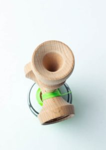 kendama_sweets_radar_boost_green_hole