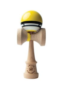 kendama_sweets_radar_boost_yellow_face