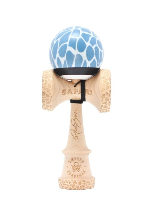 kendama_sweets_reed_stark_sea_safari_cushion_face2