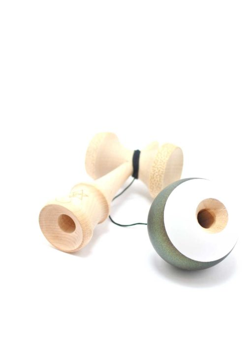 kendama_israel_big_brother_2_maple_oil_slick_gold_green_cup