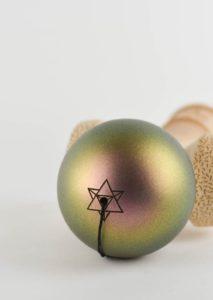 kendama_israel_maple_os_gold_green_profil