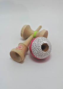 kendama_sweets_lab_custom_v29_dragonfruit_hole