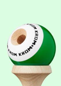 kendama_krom_pop_lol_dark_green_bevel