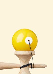 kendama_krom_pop_lol_yellow_top